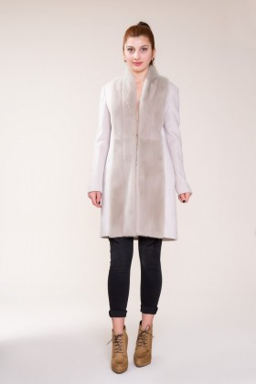 GIZIA - Fur Detailed Silk Cashmere Stone Colored Coat